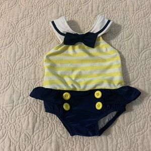 🧚6-12 MONTH BATHING SUIT WITH RUFFLE/BOW
